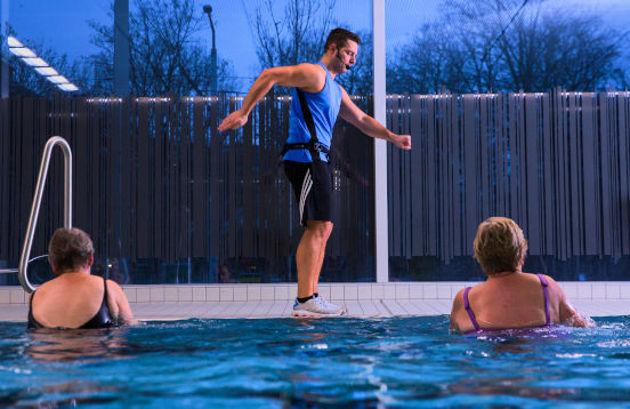 Bild für Kategorie Kurse Hallenbad Schwimmsportkomplex